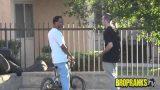 Black Jokes Prank in the Hood