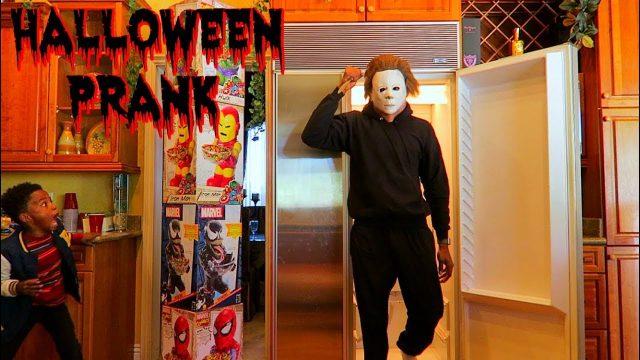 Halloween PRANK On Family (Epic Reaction)